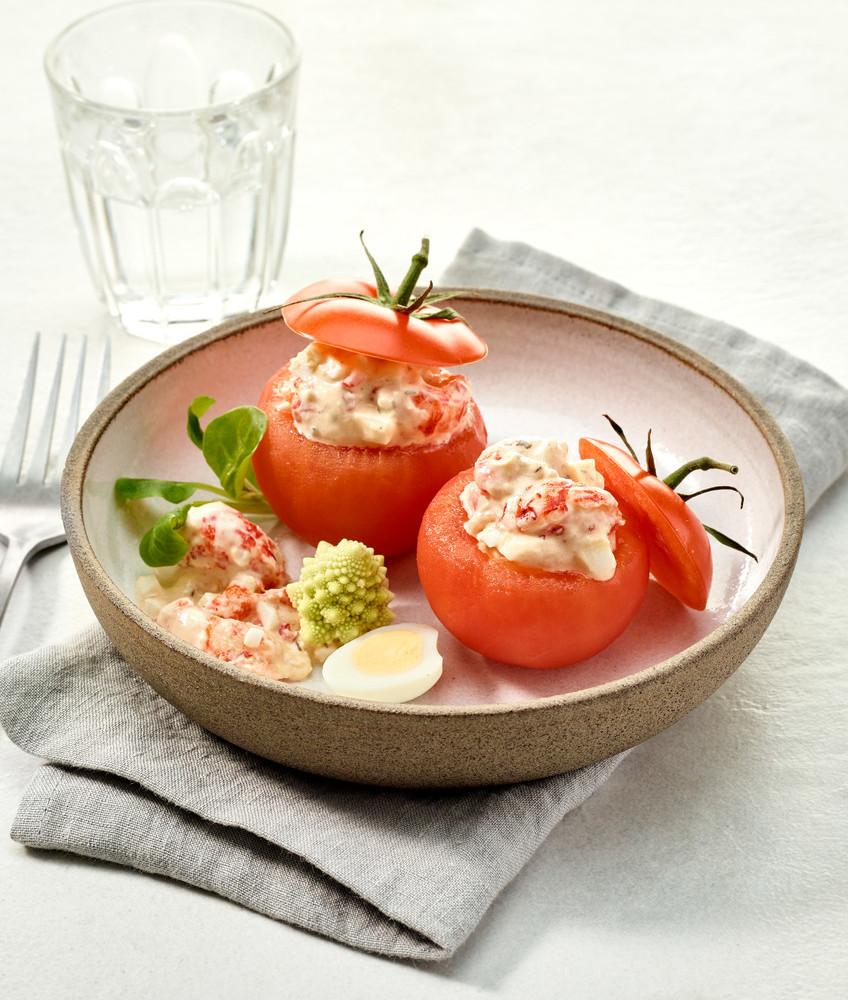 Tomaat gevuld met rivierkreeften