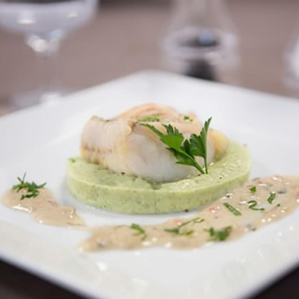 Filet de poisson blanc façon Dugléré et purée de courgettes à la provençale