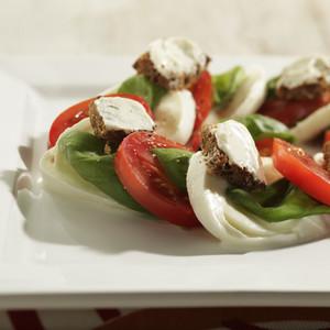 Salade Caprese met Boursin® Croutons