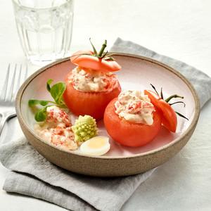 Tomates farcies aux écrevisses et Boursin® Cuisine Tomates & Herbes