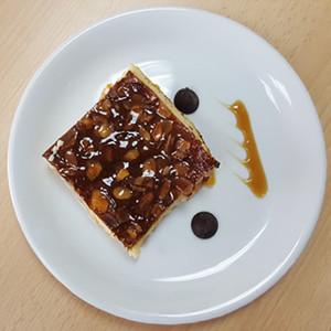 Clafoutis van abrikozen, volle textuur